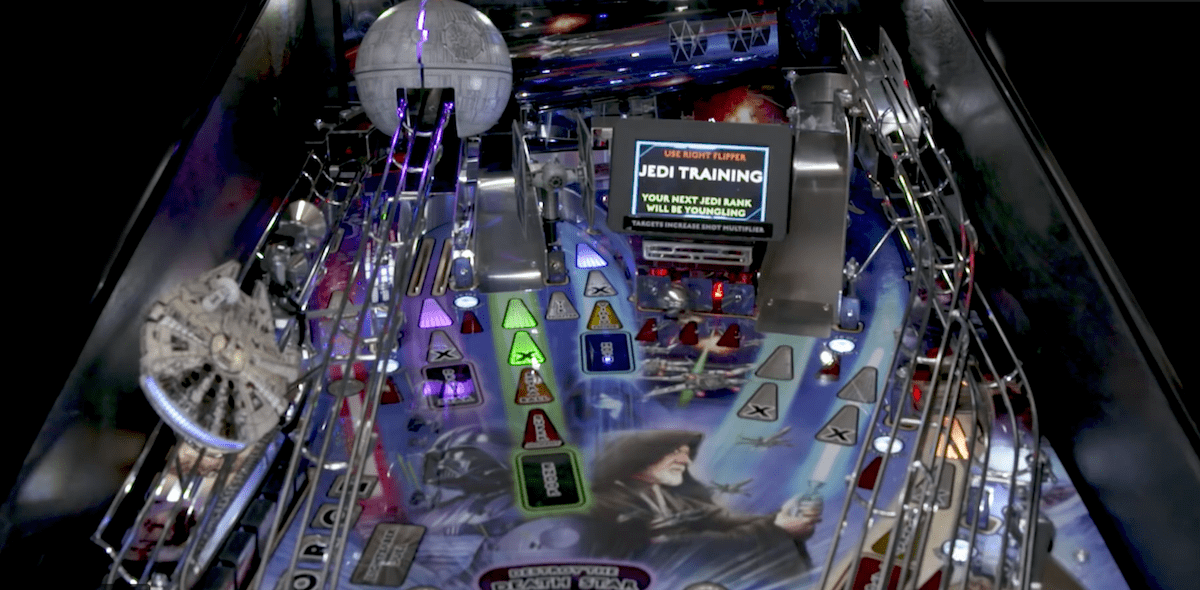 a picture of the star wars limited edition pinball